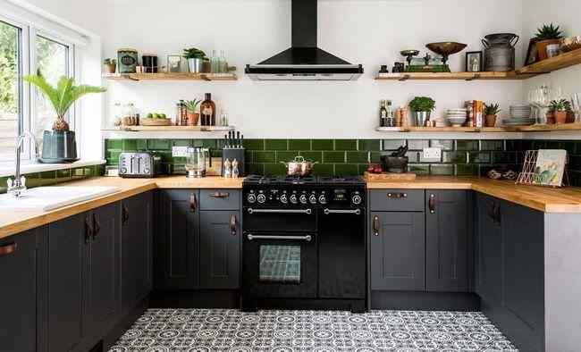 Идеи кухни, выполненной в сером цвете