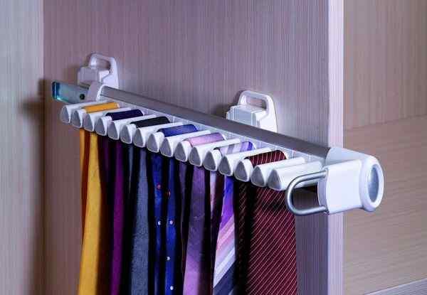 Галстучница для галстуков в шкафу купе, фото в интерьере